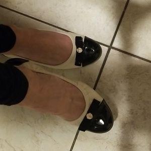 Tahari ballerina flats